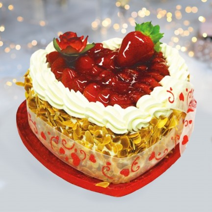 Strawberry Gateaux Heart
